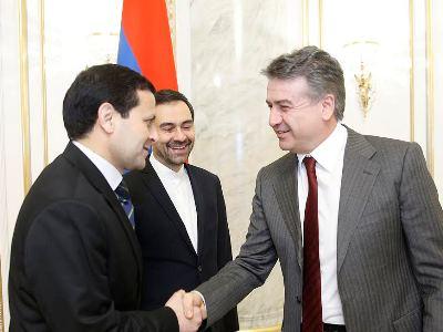 Վարչապետի մոտ քննարկվել են Հայաստան-Իրան-Թուրքմենստան եռակողմ համագործակցության հեռանկարները