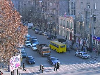 Несколько микроавтобусов и автобусов в Ереване будут следовать по новым маршрутам