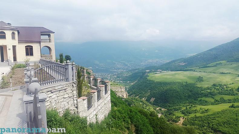 «Мы просто влюбились в Армению»: меценат из Европы намерен построить французский квартал в Енокаване