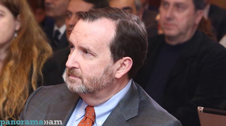 Посол США Р.Миллс: Американским компаниям уже представляются инвестпроекты в сфере энергетики Армении