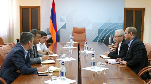 Армения и Иран обсудили развитие сотрудничества в сфере промышленности и торговли