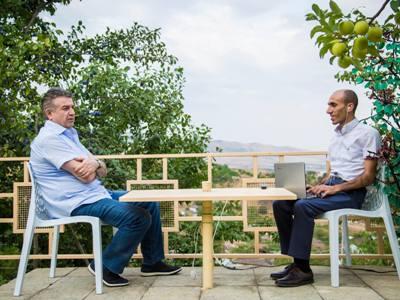 Премьер-министр Армении пообещал в приграничных зонах Карабаха основать гранатовый сад