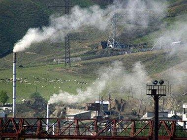 Депутат: Разваливается последний промышленный гигант республики - ЗАО «Ванадзор-Химпром»