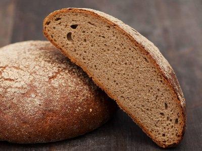 С 1 ноября магазины Армении не смогут принимать хлеб и мясо из грязных и жарких фургонов