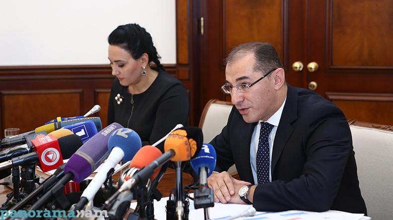 Глава Минфина В. Арамян: К концу 2017 года внешний долг Армении увеличится на $400 млн.