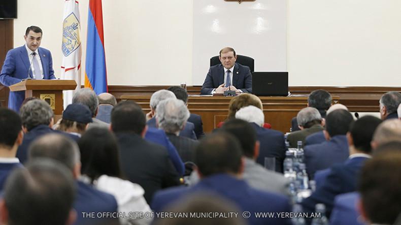 Утвержден отчет об исполнении бюджета Еревана на 2017г.: показатель по доходной части составил 100,3%, а расходной – 97%