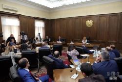 Մշտական հանձնաժողովների համատեղ նիստում մեկնարկել է «ՀՀ 2020 թվականի պետական բյուջեի մասին» ՀՀ օրենքի նախագծի նախնական քննարկումները