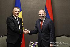 Ալմաթիում Հայաստանի վարչապետը հանդիպում է ունեցել Մոլդովայի վարչապետի հետ