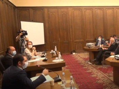 Հայաստանի իշխանությունները կրկին Երեւանի մետրոպոլիտենի նոր կայարանի «տեսլական» ունեն