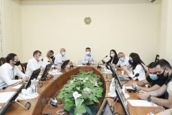 ՀՀ ԱԺ մշտական հանձնաժողովի արտահերթ նիստում