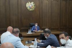 Մշտական հանձնաժողովի նիստում քննարկվել են պետական սահմանին, հարկային ոլորտներին, պետական գույքի մասնավորեցմանն առնչվող օրինագծեր եւ միջազգային համաձայնագիր