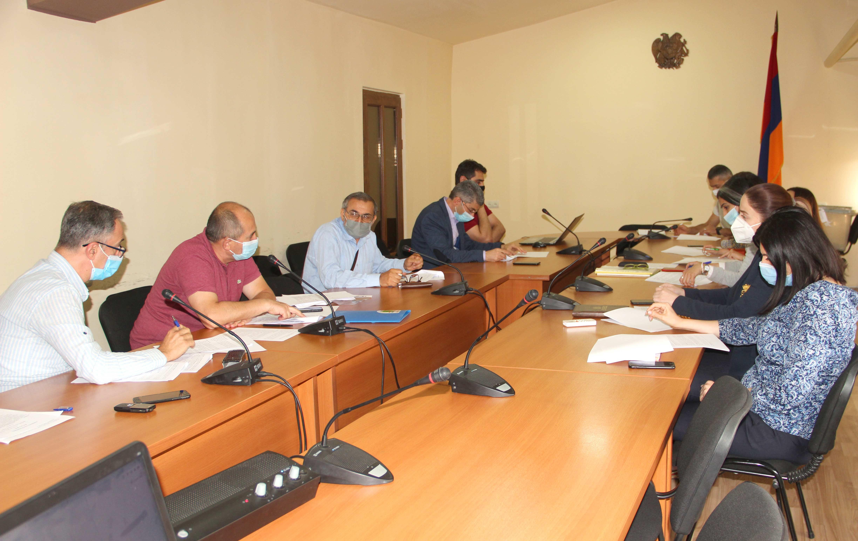 ՀՀ էկոնոմիկայի նախարարությունում ընթանում են քննարկումներ՝ նվիրված ՀՀ-ում տնկանյութի հավաստագրման օրենսդրության մշակմանը
