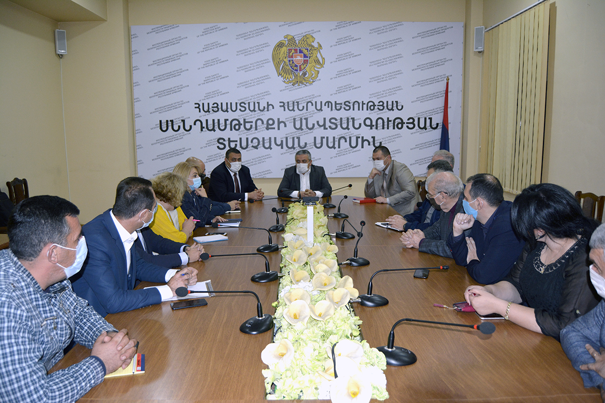 Սույն որոշման ընդունմամբ առաջարկվում է ժամանակավորապես արգելել Հայաստանի Հանրապետություն մի շարք թուրքական ծագման ապրանքների ներմուծումը