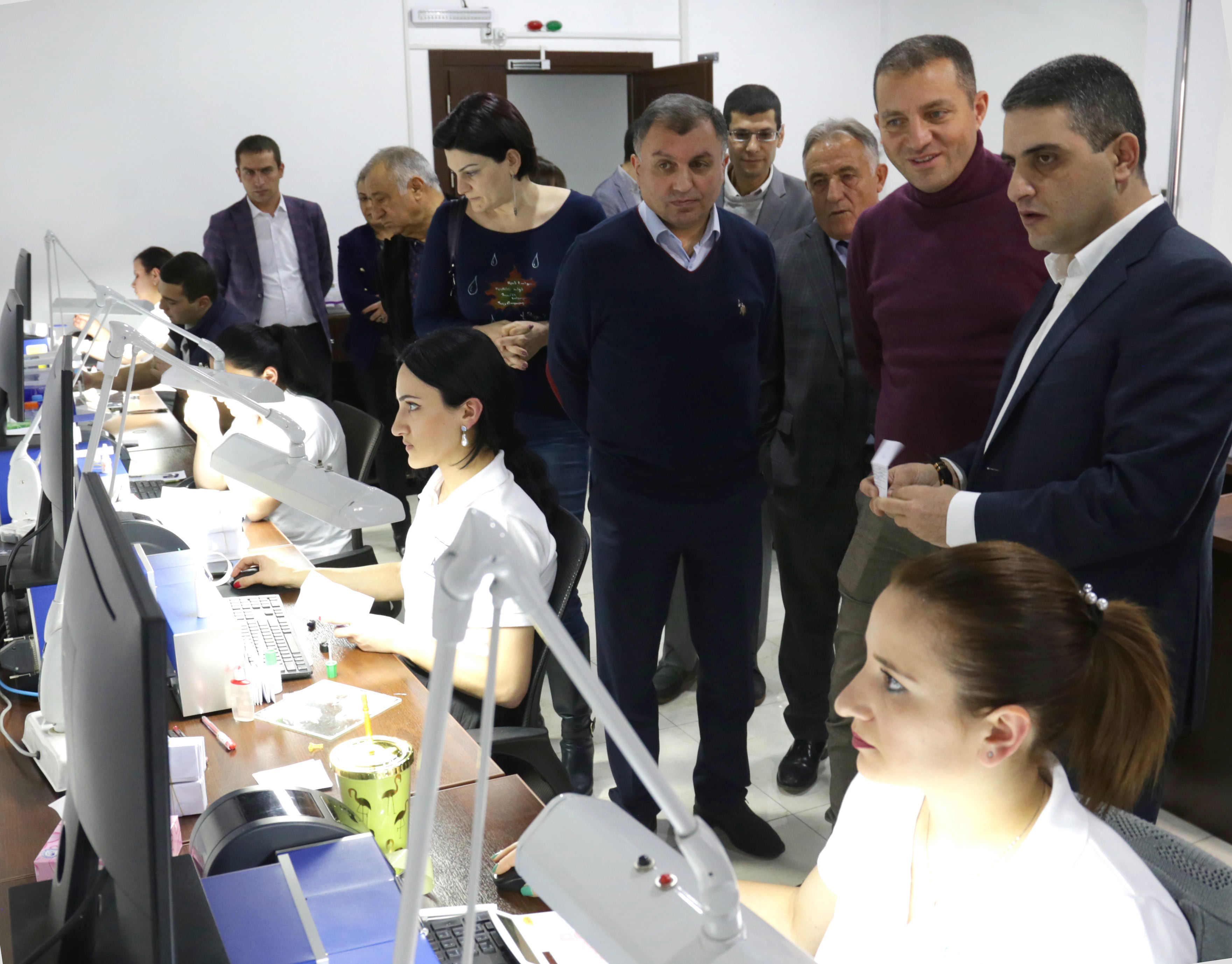 Վահան Քերոբյան․ Հայաստանի ապագան երկար արժեքային շղթաների ու բարդ ապրանքների մեջ է և ոսկերչությունն ու ադամանդագործությունը դրա ամենալավ օրինակներից են