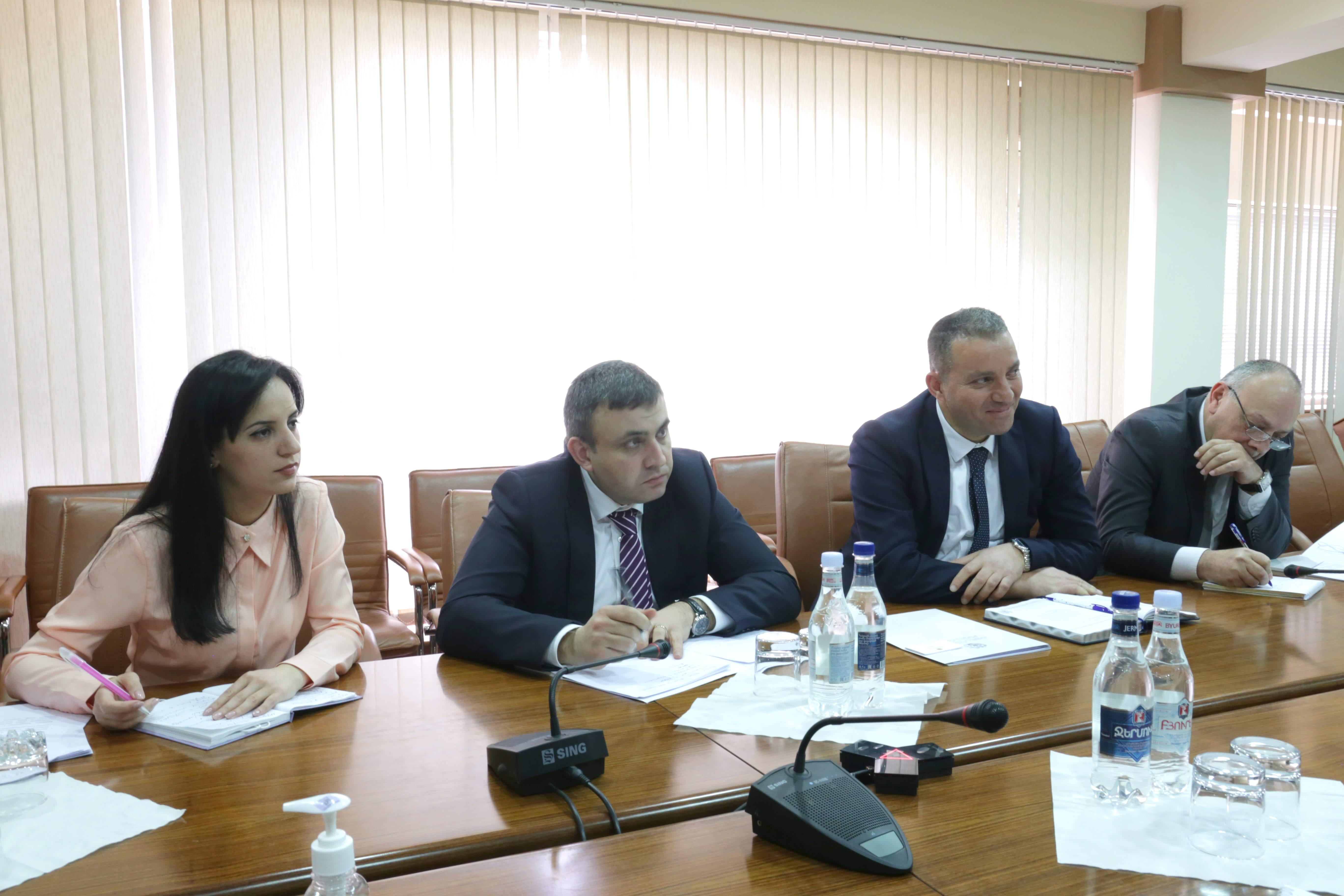 Վահան Քերոբյանը և Ժոնաթան Լաքոտը համագործակցության պատրաստակամություն են հայտնել հայ-ֆրանսիական տնտեսական կապերի ընդլայնման նպատակով