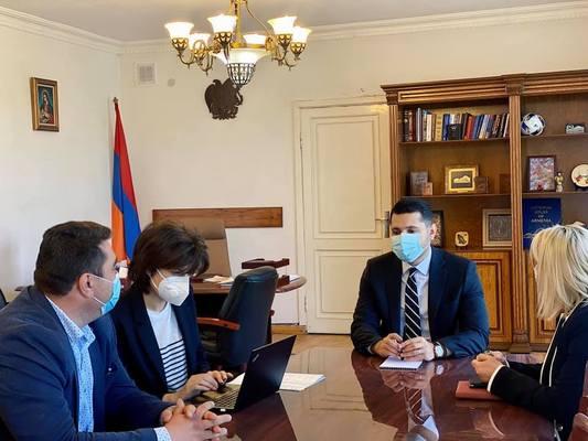 Մարզպետն ընդունել է ՄԱԿ-ի պարենի համաշխարհային ծրագրի գործընկերներին