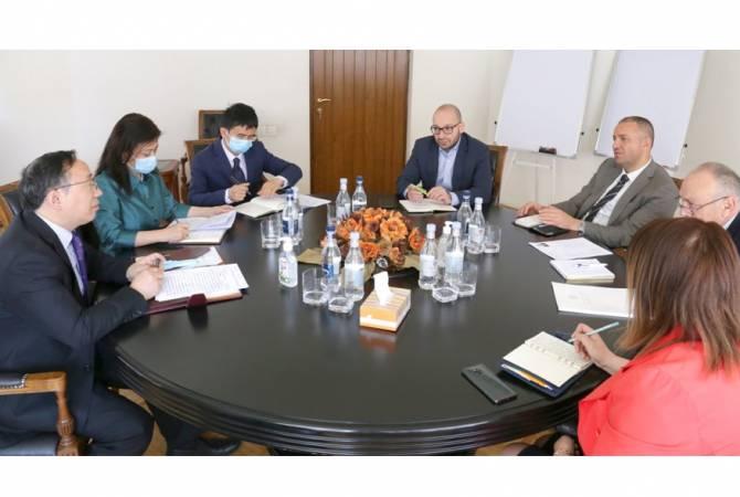 Վահան Քերոբյանը չինական ընկերություններին հրավիրել է մասնակցել Հայաստանում նախատեսվող նոր նախագծերի