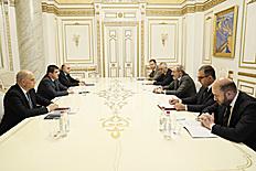 Աջակցության ծրագրերը պետք է վերափոխել Արցախի զարգացման ծրագրերի. ՀՀ վարչապետի և ԱՀ նախագահի գլխավորությամբ տեղի է ունեցել խորհրդակցություն