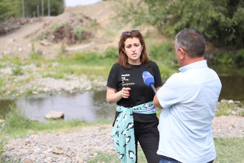 Շրջակա միջավայրի նախարարության աշխատակազմը Արմավիրի մարզում Քասախ գետի գետահովտում մաքրման աշխատանքներ է իրականացրել. գետահովիտը մաքրվել է կենցաղային աղբից