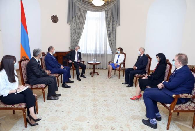Փոխվարչապետ Մհեր Գրիգորյանն ընդունել է Տնտեuական համագործակցության հարցերով հայ-ուկրաինական միջկառավարական համատեղ հանձնաժողովի համանախագահներին
