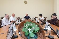 ՀՀ ԱԺ տնտեսական հարցերի մշտական հանձնաժողովի նիստը չկայացավ հիմնական զեկուցողի բացակայության պատճառով